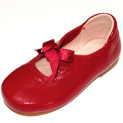 נעליים אדומות (2/4)