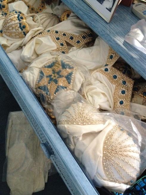 הדגמים שהתגלו במגירה