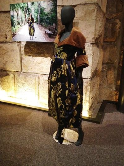 מבט נוסף אל הדגם של אלמביקה בתערוכה
