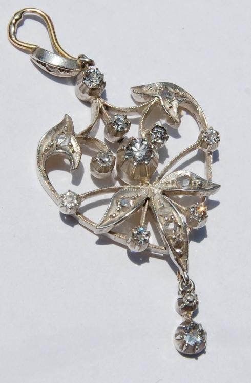 תליון זהב וכסף עם יהלומים בליטוש עתיק