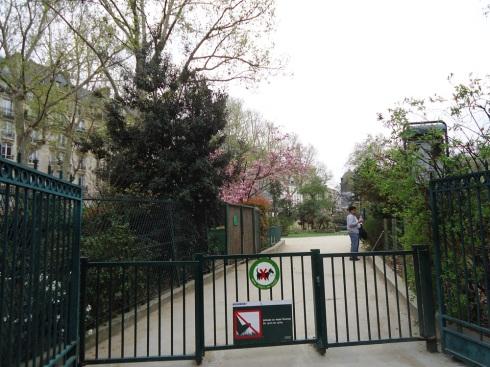 םריס כגן עדן והשער נעול צילום: אילה רז, 2012